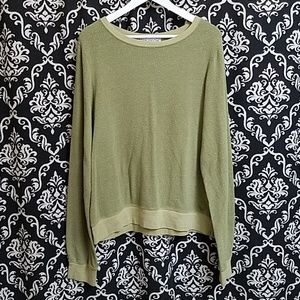 WILDFOX ] LIGHT OLIVE GREEN SWEATSHIRT